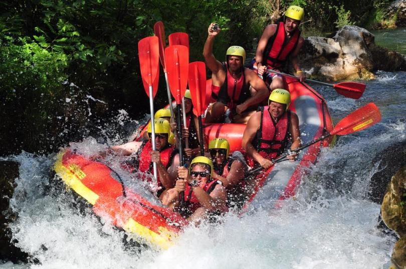 river rafting.omis