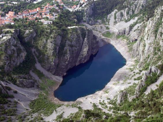Plavo Jezero